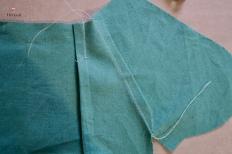 Sous piquer les marges de couture au dessus de poche, près de la coutur